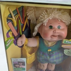 CABBAGE PATCH Snacktime Kid doll *Collectors only